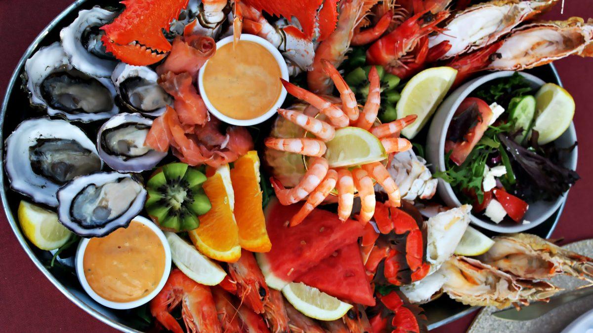 غذاهای دریایی و مزایا و مضرات مصرف هر کدام از آن ها