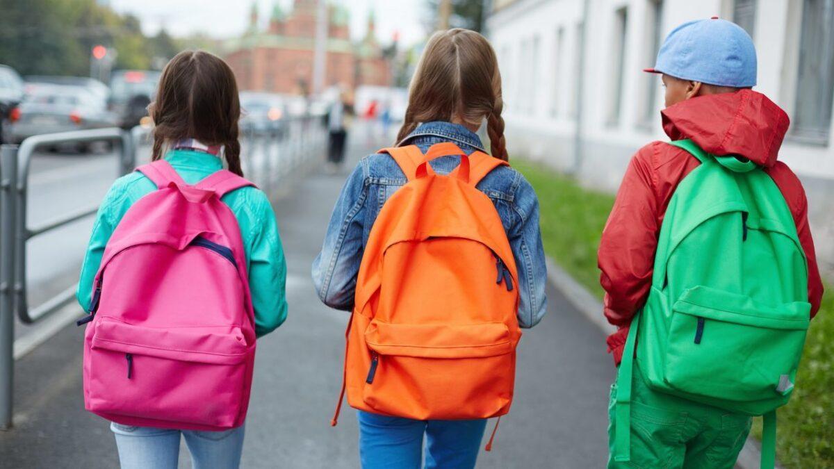 ویژگی های کوله پشتی مناسب بچه ها برای مدرسه