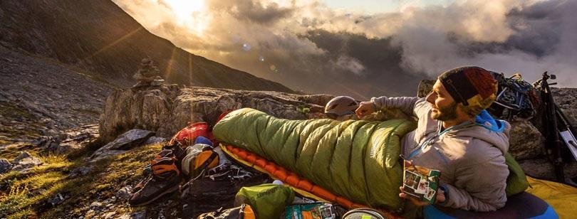 کیسه خواب مناسب برای سفر و کمپینگ و معرفی بهترین کیسه خواب ها