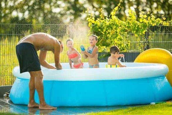 بازی با آب برای کودکان-بنر